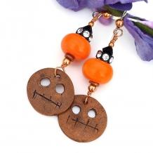 Halloween ghoul and orange lampwork Halloween earrings.